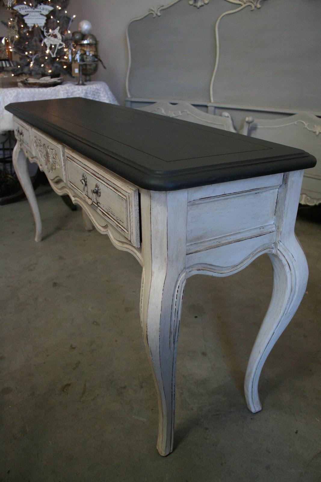 Reloved Rubbish Graphite And Pure White Console Table