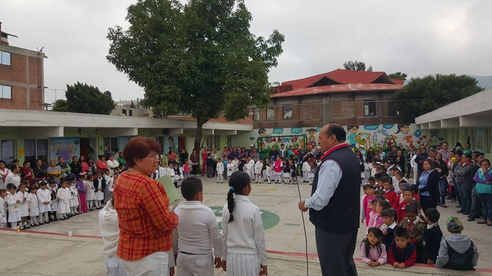 El mexiquense hoy culmina gira de entrega de tiles for Jardin 7 hermanos ecatepec