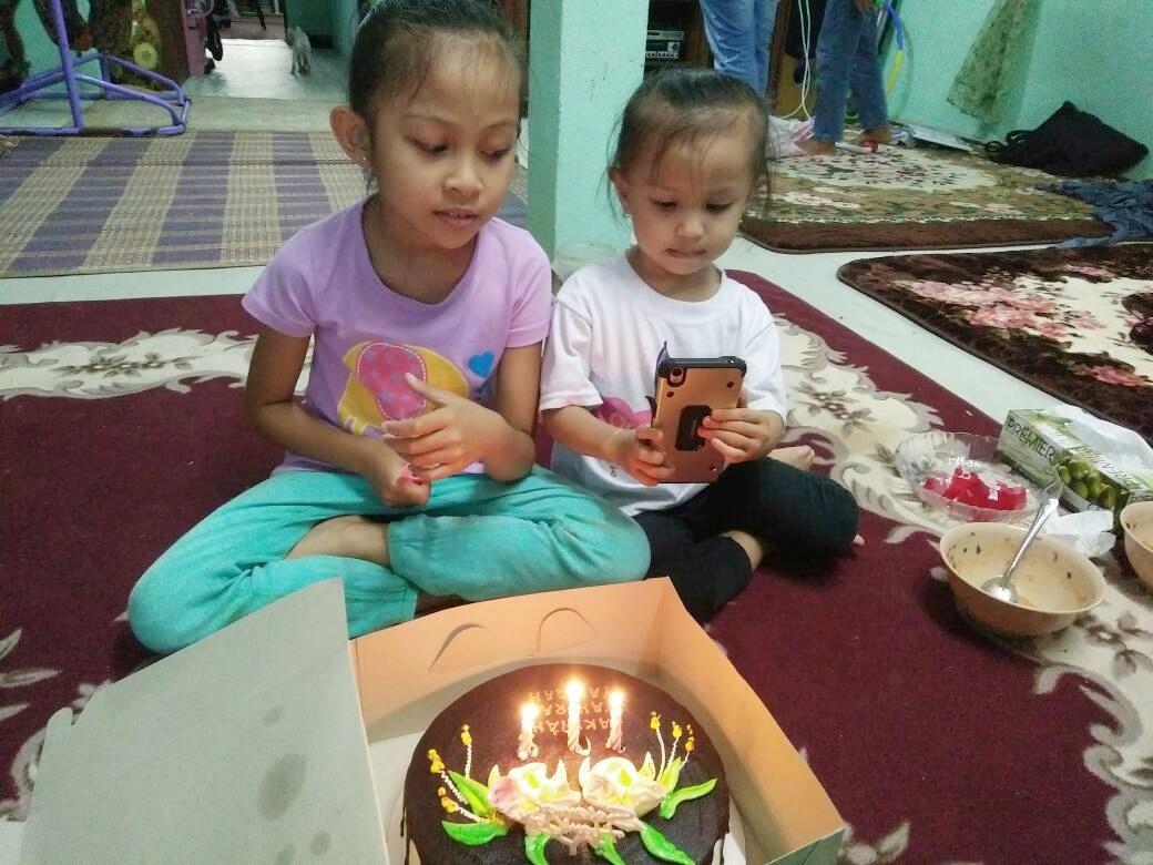 Sambutan Hari Lahir Anak Saudara