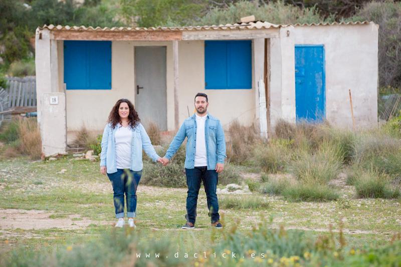 pareja casa azul