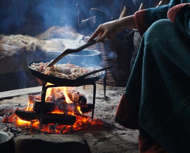 Erlebt die Wikinger! Unser Tag im Ribe VikingeCenter. Kochen, backen und vieles mehr mit den Wikingern von Dänemark!