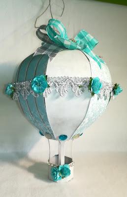 Turkusowy balonik