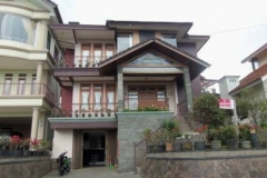 Villa Soleh Istana Bunga 4 Kamar