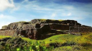 Sítio arqueológico de Pucapucara, em Cusco