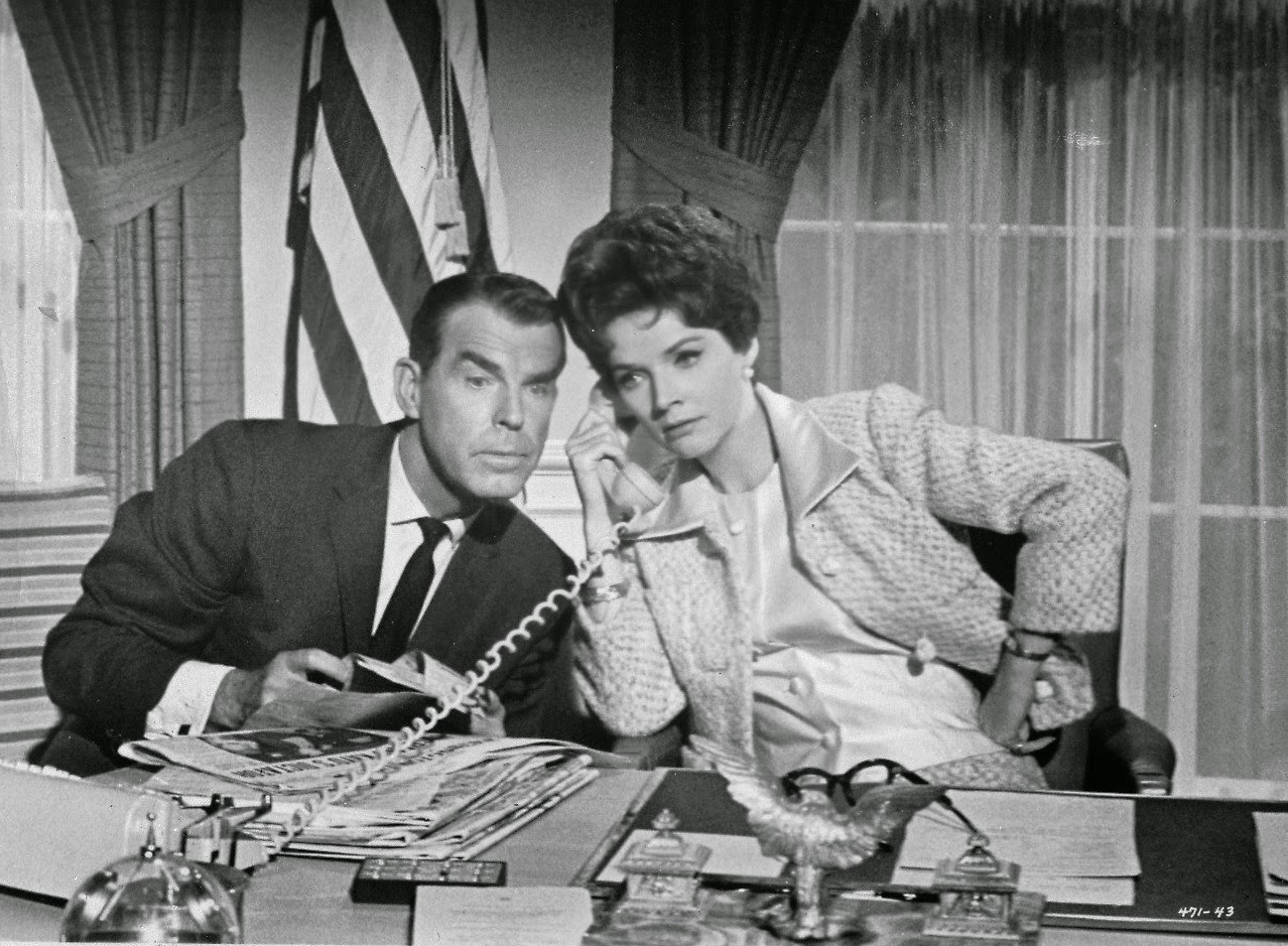 Fred MacMurray Polly Bergen Kisses For My President 1964