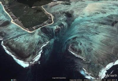"""""""Cachoeira Submersa"""" das Ilhas Maurício"""