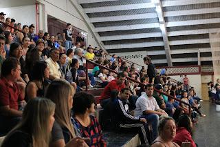 Abertura do Campeonato Municipal de Futsal Menor lota Monstrinho