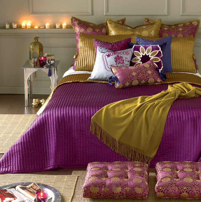 Home Christmas Decoration Theme Design Purple And Gold Color Combination