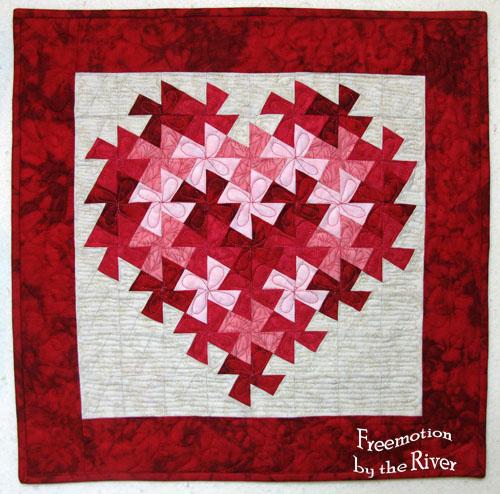 http://i1.wp.com/3.bp.blogspot.com/-dQa_6P5yIk8/UQmoydIBYpI/AAAAAAAAJ1M/FS-23OKx41k/s1600/valentinetwist.jpg?resize=500%2C494