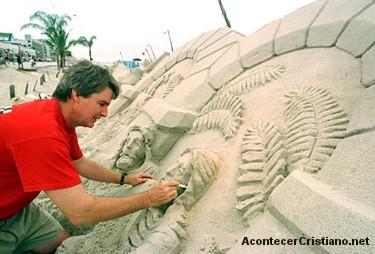 ARTE: Esculturas de arena de escenas bíblicas en la playa
