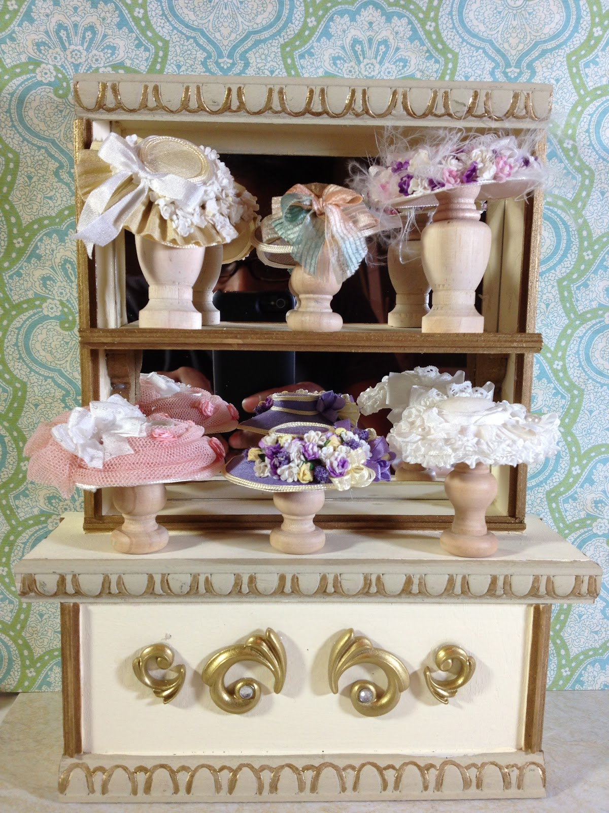 3a607e7b5fb Jocelyn's Mountfield Dollhouse: Update: Hat Shop Display Cabinet