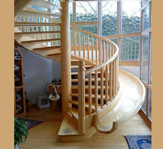 Casas fantásticas por dentro - Escada escorregador
