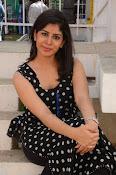 actress tanya sizzling photos-thumbnail-3