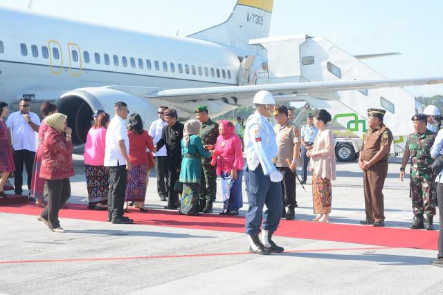 Pangdam Sambut Ibu Wapres Mufidah di Bali
