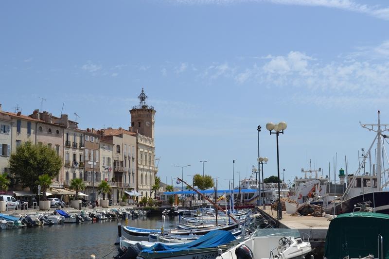 CITYGUIDE LA CIOTAT : Le marché sur le port / Un Week-end à La Ciotat / www.by-laura.fr