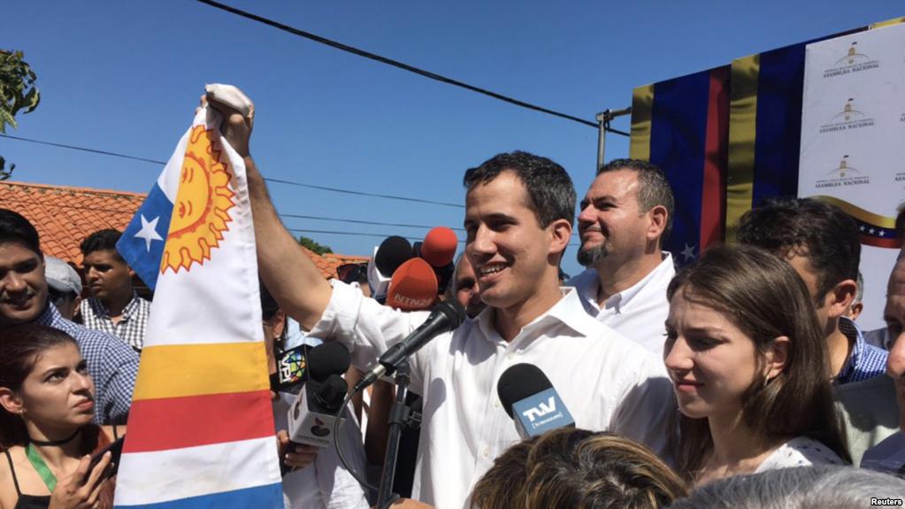 Juan Guaidó en un cabildo desarrollado en el Estado de Vargas / TWITTER