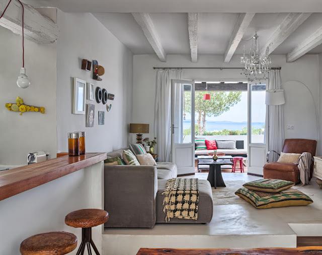 Stil eclectic mediteranean si multa personalitate in decorul unei case din Formentera, Spania