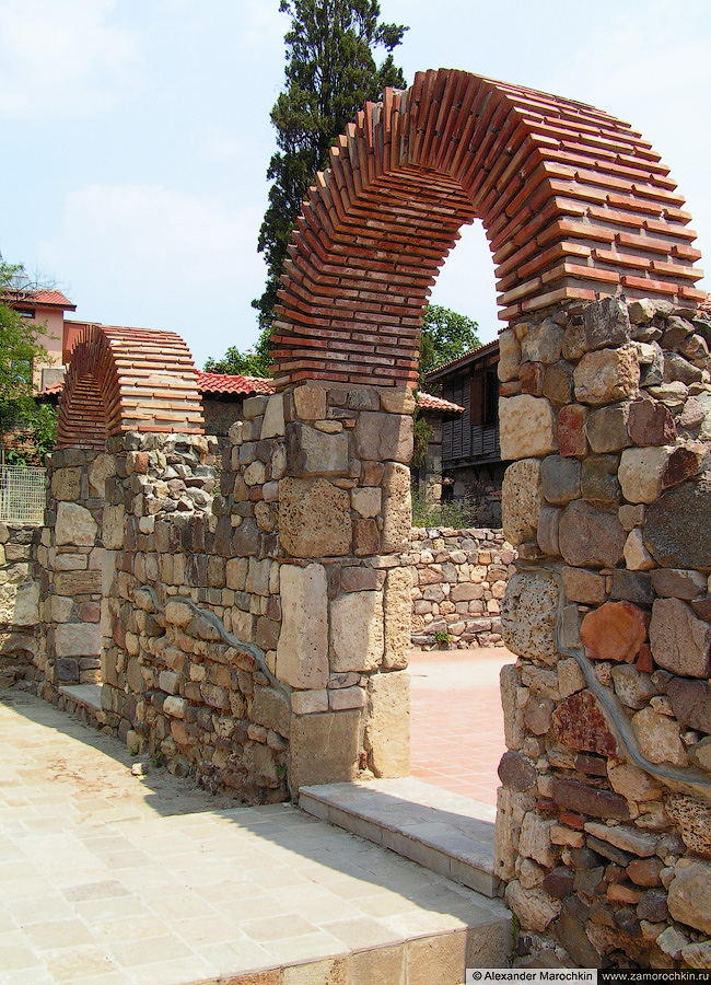 Крепостные стены Созополя (Болгария)   The city walls in Sozopol (Bulgaria)