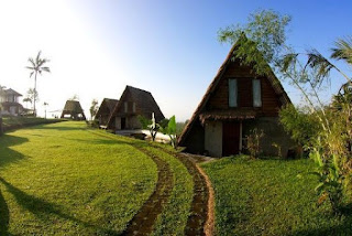 http://www.teluklove.com/2017/01/daya-tarik-objek-wisata-desa-munduk-di.html