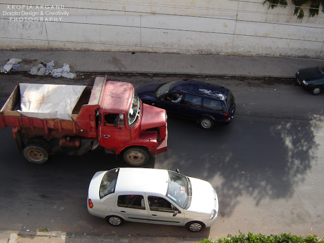 Autostrada Rabat - Casablanca. Droga przez piekło. Ruch drogowy w Maroku