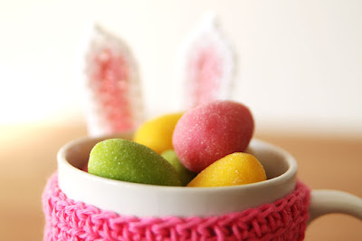 Green Pear Diaries, cubre tazas, Conejo de Pascua, Haakmaarraak, creatividad