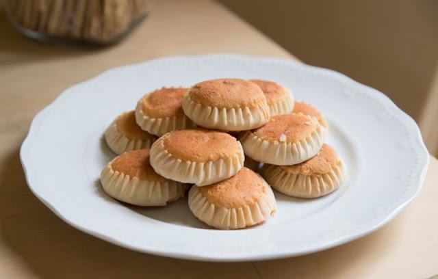 Μελετίνια: Παραδοσιακό πασχαλινό γλυκό Σαντορίνης