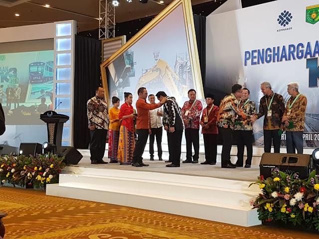 Gubernur Kalsel Kembali Raih Penghargaan K3