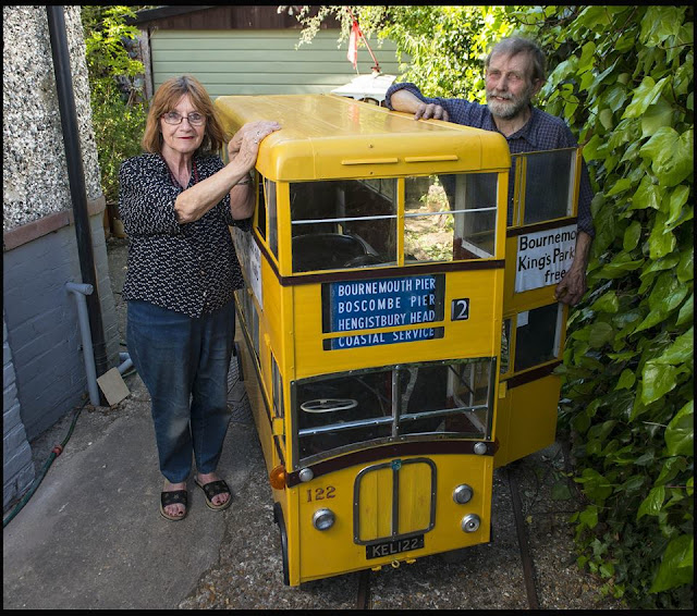 British retired bus driver creates his own 'mini' double-decker- entertainment news