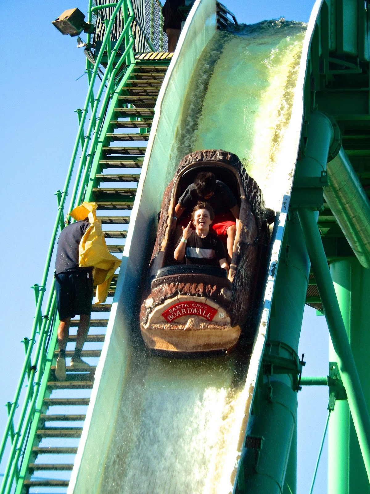 Logger S Revenge Was Built At A Time When Vast Majority Of Log Flumes Still Stuck Close To The Ground Near By Marriott Great America Opened With