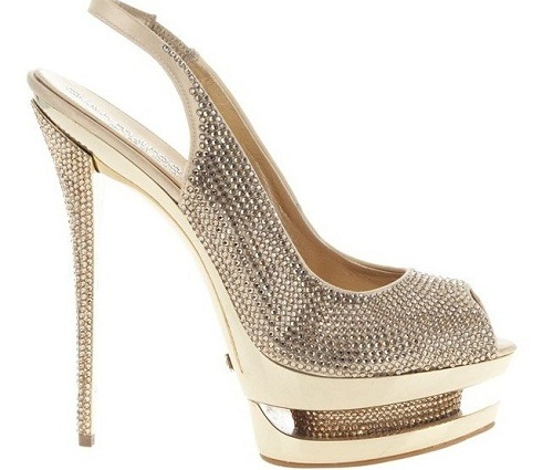 """f2c9ccea0600 The foot ops — costing around £380 and dubbed """"Loub jobs"""" after shoe  designer Christian Louboutin — allow women to wear the killer heels for  hours longer."""