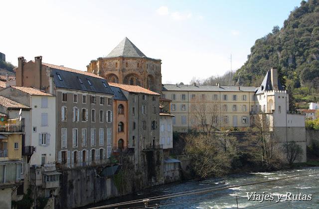 Monasterio de Saint Volusien, Foix, Francia