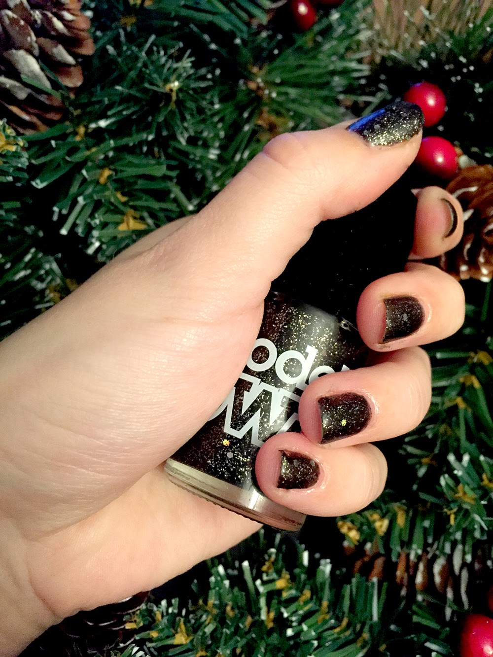 Model's Own Velvet Goth - Obsidian Review and Swatches