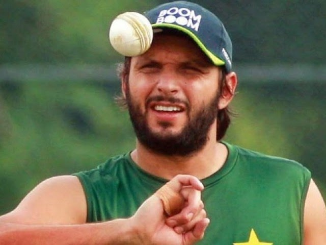 Shahid Afridi Biography & Wallpapers