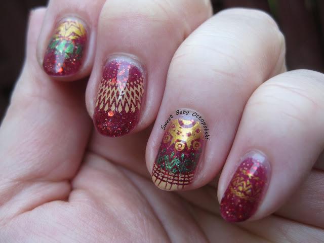 Nail art stamping MoYou London Kaleidoscope 12 over Femme Fatale Aldebaran