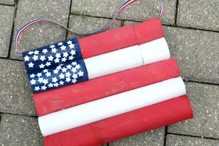 DIY Flag Craft 4th of July Decoration