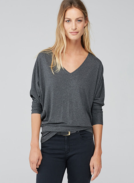 Long sleeve grey t-shirt with v-neck