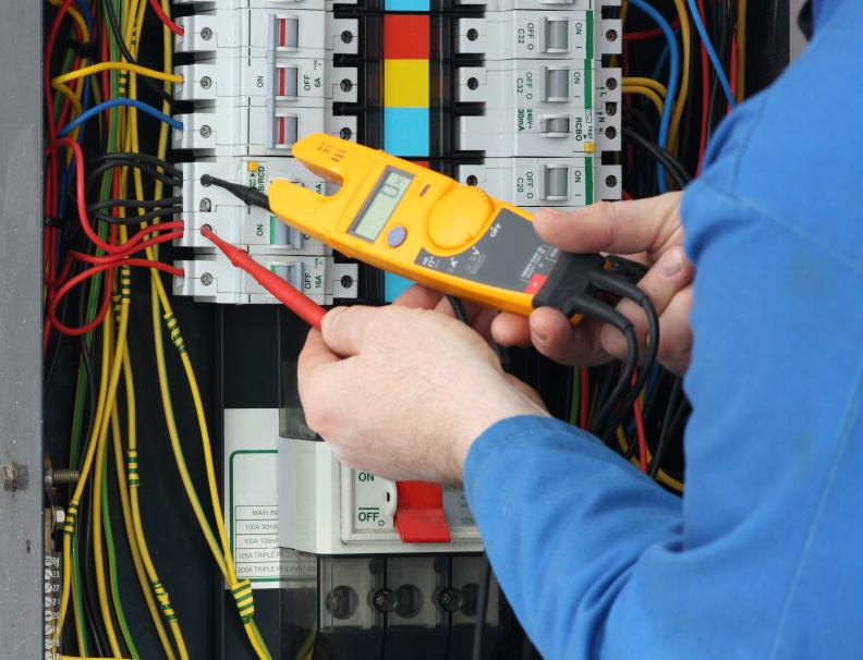 Hasil gambar untuk gambar pemasangan listrik