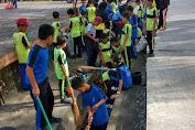 Dikbud Gandeng Guru Dan Siswa se- Kota Benteng Laksanakan Kerja Bakti