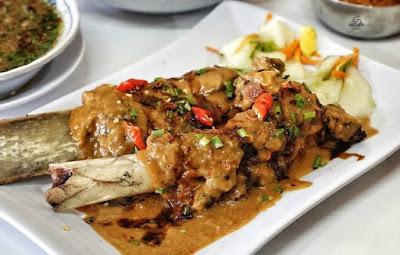 Wisata Kuliner di Makassar Yang Enak dan Populer