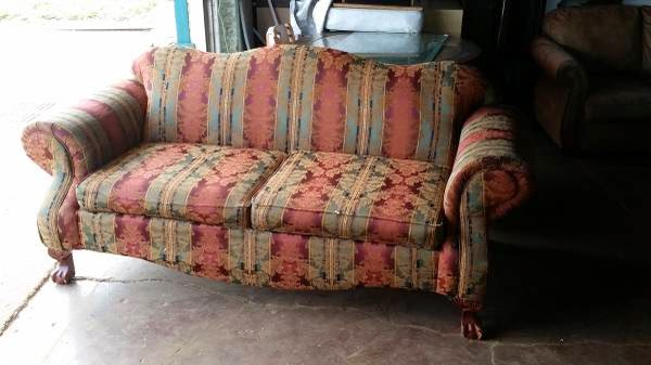 Nice Couch (NW OKC) $50 | Oklahoma City Craigslist Garage Sales