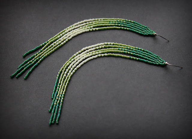 купить висячие зеленые серьги кисти из бисера ручная работа бижутерия ру