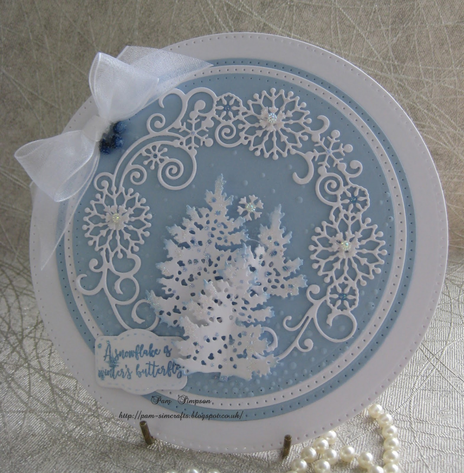 Find It Trading Snowflake Swirl Round에 대한 이미지 검색결과