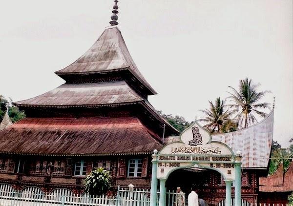 Masjid Asasi Sigando