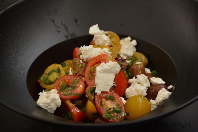 עגבניות ובולגרית קפה ג'ו Bulgarian cheese and tomato