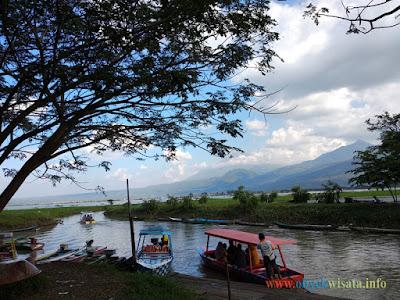 Wisata Perahu Rawa Pening