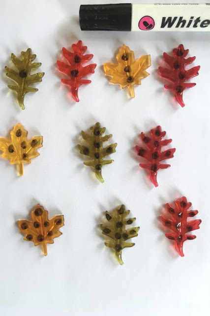 use-sharpie-to-write-on-fall-leaves