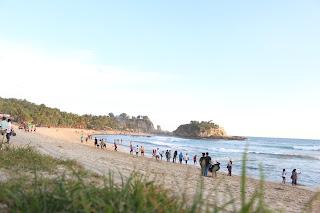 Pantai Indah Jawa Timur Pacitan - Pantai Pasir Putih