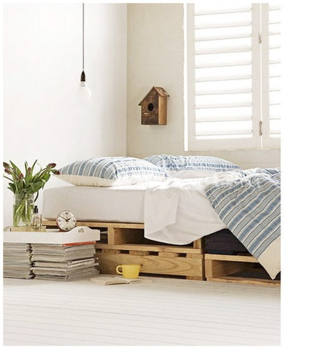 Pallets make for perfect under-bed storage