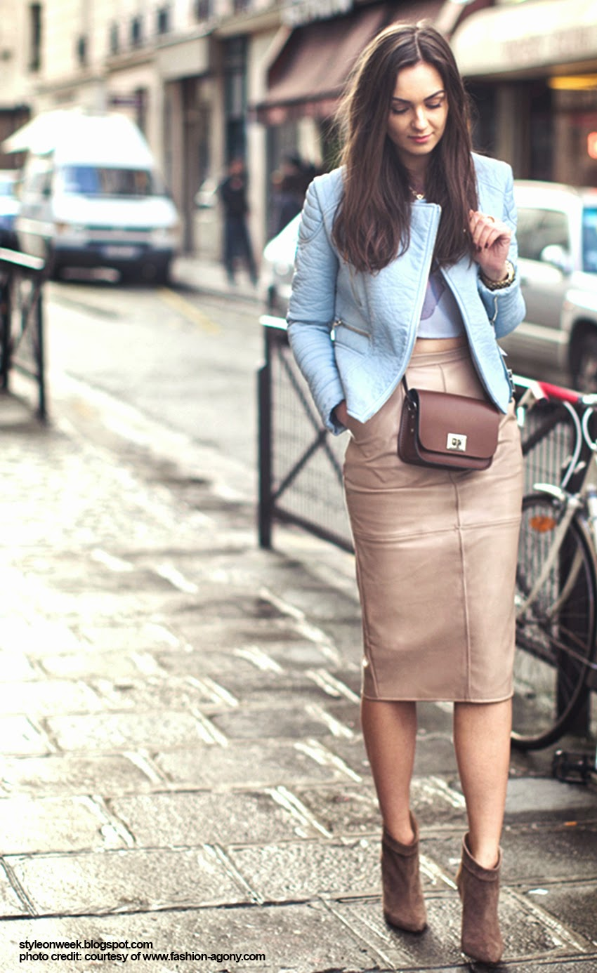 Street Style Inspiration - Nika Huk Look Absolutely Heavenly With Soft Pastels