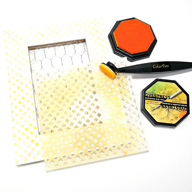 How-to-Apply-Bumble-Bee-DyeStress-Ink-Over-the-Lattice-Art-Screen-onto-a-Wood-Frame